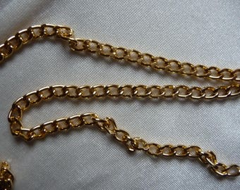 Chain, anodized aluminum, gold, 4mm curb. Sold per pack of 5 feet.