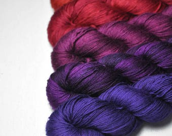 Fatal passion - Gradient of Silk/Cashmere Lace Yarn