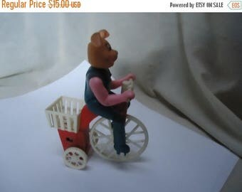 Back Open Sale Vintage Wind Up Plastic Pink Bunny Rabbit Riding A Tricycle Toy, collectable