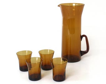 Mid-Century Modern Cocktail Pitcher and Glasses