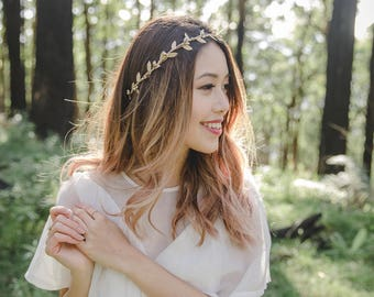 gold leaf flower crown // gold berry leaf flower crown / wedding gold flower crown / bridesmaid gold flower crown / headband