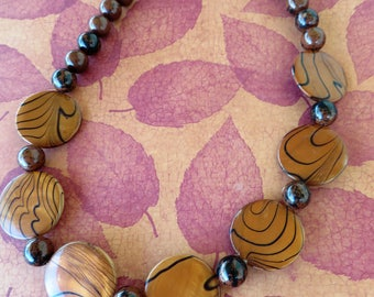 Swirled Freshwater Shell And Mahogany Obsidian Beaded Necklace