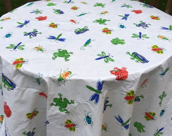 Frog tablecloth, vintage vinyl tablecloth, round tablecloth, round vinyl tablecloth