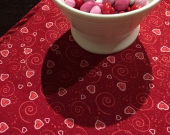 Valentine Table Runner | Cupid Table | Heart Table Runner | Valentine's Table Runner | Valentines Day Decoration | Valentine Centerpiece
