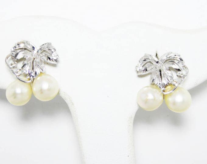 Sterling Silver & Cultured Pearl Earrings - Screw Back Earrings with Grape Leaves and Vines - Vintage 1950s 1960s