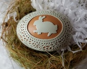 Carved Peek-a-boo Lace Egg: Bunny and Green Lace on Brown Chicken Egg
