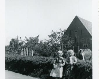 Vintage Photo, Children in Traditional Costumes, Marken Holland, Traditional Houses, Horse, Snapshot, Old Photo, Black & White Photo, Travel