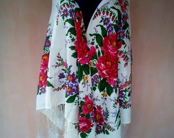Vintage Russian floral silk shawl. Boho scarf, shawl. Babushka shawl. SC006