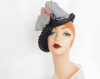 1930s tilt hat, vintage 30s 40s navy blue straw, satin ribbons