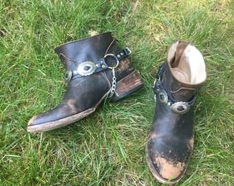 PAIR / Wild West Concho Bootstraps / Slotted Sunburst