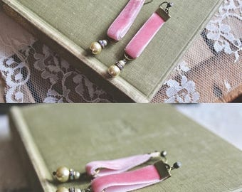 40% OFF SALE Pretty pink velvet earrings with ivory pearls and rhinstones, Rosettes