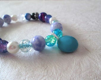 Beaded bracelet, glass, metal and acrylic beads, stretchy