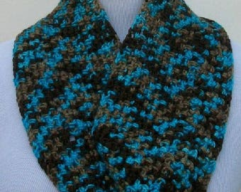 Infinity Crochet Scarf, Small Handmade Cowl, Crochet Infinity Scarf, Handmade Cowl, Crochet Gift, Handmade Gift