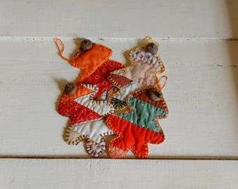 Set of 4 vintage quilt oak leaf gift tags, with acorn caps, coaster set, scrapbooks, bowl fillers, banners, autumn decor, primitive, rustic