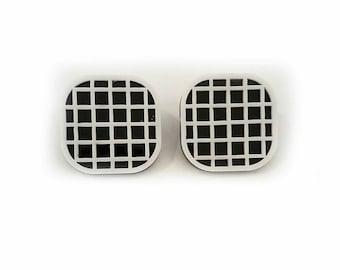 MOD DECO - hatch statement earrings
