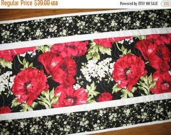 Sale Christmas in July Floral Table Runner, Poppies, handmade, quilted table runner, red and black