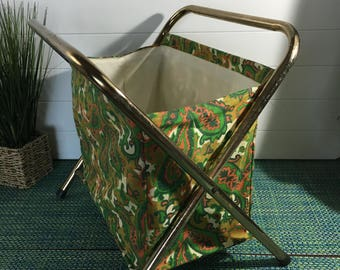 Vintage 1960's Green & Orange Paisley Folding Portable Knitting Bag Holder Yarn Caddy with Metal Handles- knitting bag, 1960s knitting bag