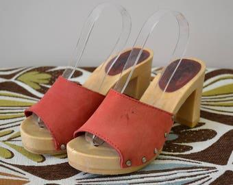 1980s Red Candie's Demi Slide Heels, Size 6