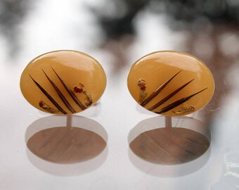 Lucite Cuff Links with Inclusions, 1960 Patent