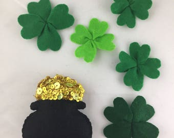 Felt Pot of Gold and 5 Four Leaf Clover Shamrock Magnets
