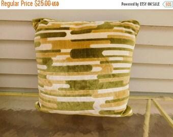 Birthday Sale Vintage Mid Century Mod Throw Pillow, Green Velvety Velour Pillow