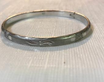 Vintage Sterling Silver Etched Bangle Bracelet