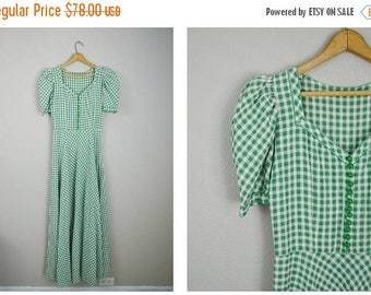 Summer SALE - 20% off - vintage 40s gingham green white long maxi summer dress -- womens small- 34-26-free