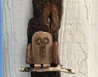 Driftwood  Owl Wall Decor // Driftwood Wall Decor // Driftwood Art // Beach Decor
