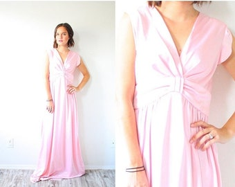 40% OFF CHRISTMAS in JULY Vintage light pink formal night gown //  light pink nighty // boho formal dress // modest dress // silky maxi dres