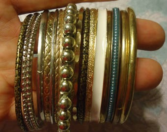 Lot of 17 Thin Bangle Bracelets Silver Tone and Gold Tone, Brass Tone, Bangle Lot