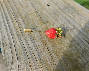 Vintage Red Strawberry Hat or Lapel Stick Pin dr15