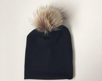Black faux fur pom slouchy beanie