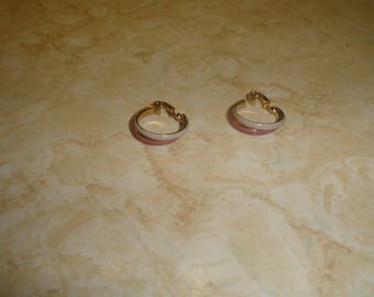 vintage clip on earrings purple white enamel goldtone hoops