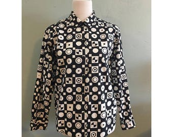 Black and White Psychedelic Long Sleeve Button Up Shirt, Women's Medium