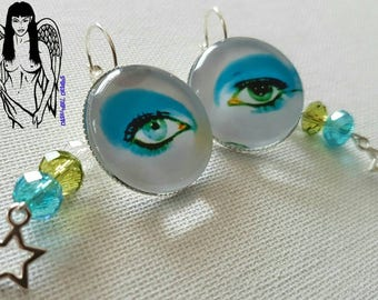 David Bowie Eye Large 25mm cabochons leverback earrings with crystal and star dangles.