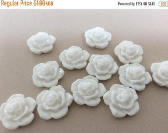 ON SALE 12 White Rose Cabochons White Resin Cabochons Rose Flatback Cabs DIY Jewelry Making Resin Flowers Large Cabs 16mm Roses
