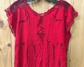 Fabulous Vintage 80s Red Crocheted Knit Floral Top / Red Sleeveless Floral Lace Knit Top / Red Cut work Blouse