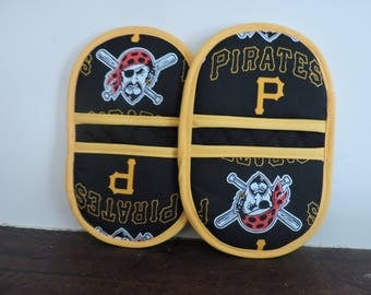 Mini Microwave Mitts-Oven Mitts-Pinchers-Pittsburgh Pirates w/Yellow Trim-Free Shipping
