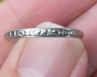 VICTORIAN  ring-  white gold- Eternity Band- flowers all the way around~~2 mm wide
