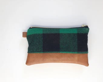 Green and black plaid coon purse