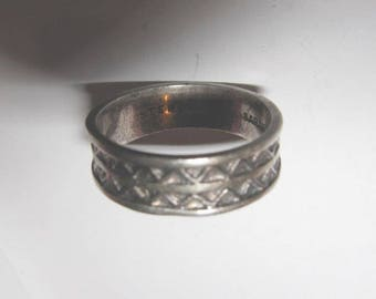 Vintage Sarah Coventry Sterling Silver Band Ring Size 8