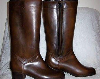 Vintage 1960s Ladies Fully Lined Knee High Snow Boots from JC Penney Size 6 NOS Only 15 USD
