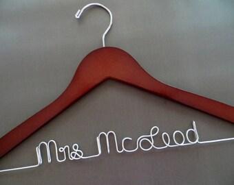 Wedding Dress Hanger, Bride Hanger, Groom Hanger, Mrs Hanger, Wire Name Hanger, Shower Gift, Bridesmaid Gift, Bridal Hanger