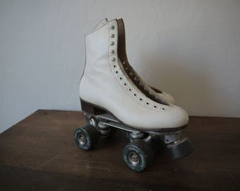 Vintage RIEDELL Roller Skates / White Leather High Top Riedell Roller Skates Rare / 1970s roller skates / Vintage Riedell with Precision