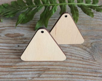 Wood triangles / set of 10 / wood jewelry blanks / wooden geometric shape / plywood cut outs