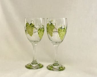 Grape design hand painted set of two wine glasses free shipping