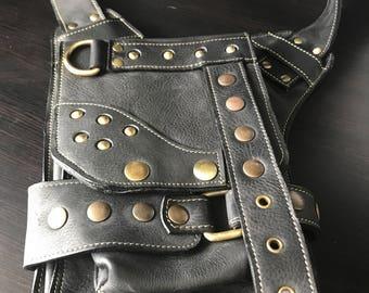 Black leather cross shoulder bag