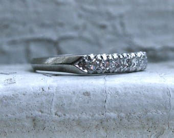 Simple Classic Vintage Platinum Diamond Wedding Band - 0.21ct.
