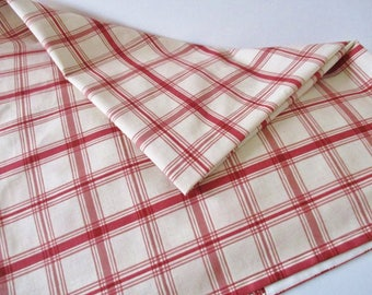 RED CHECKERED TABLECLOTH, Country Kitchen Tablecloth, Holiday Linens,  Christmas Farmhouse Style Linens,