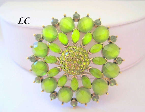 Peridot Rhinestone  Brooch - Signed Liz Claiborne - Vintage Faceted Glass Cabachons